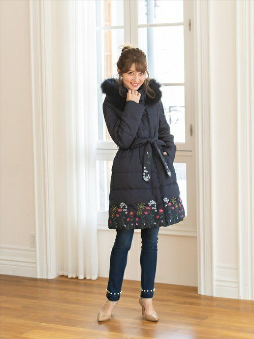 1月に使いたい、刺繍が美しいダウンコート