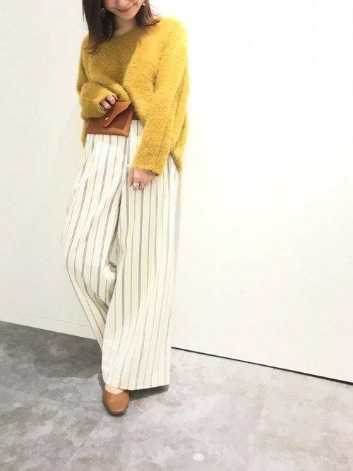 ストライプパンツを使ったコーデ【1】黄色×白
