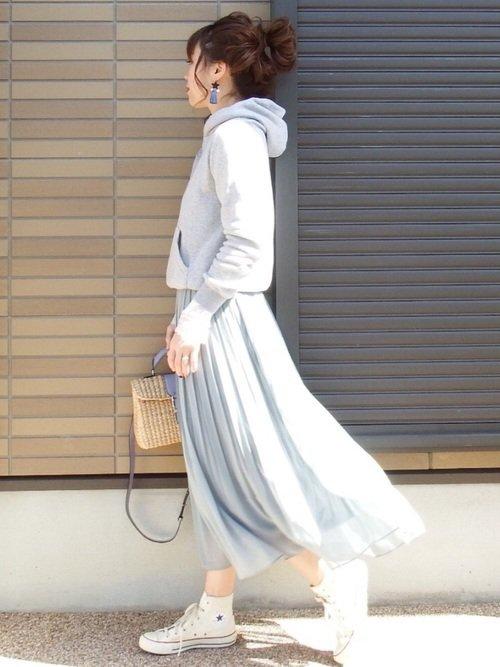 戌の日に適した春の服装