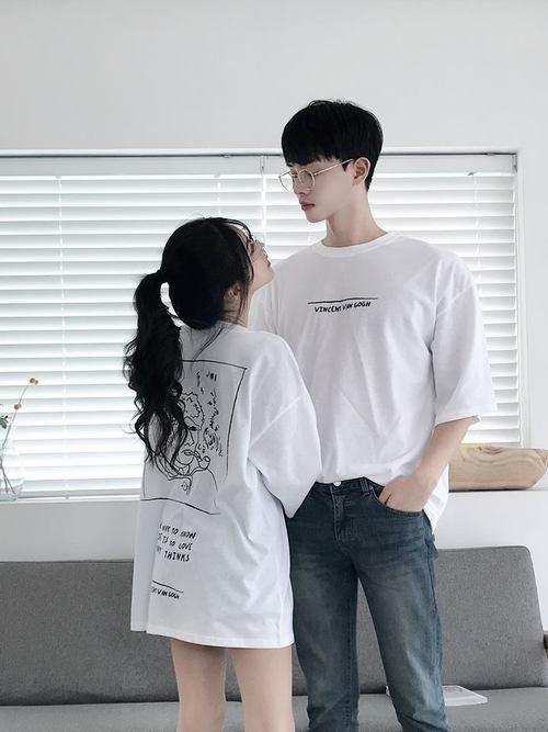 Tシャツのペアルックコーデ