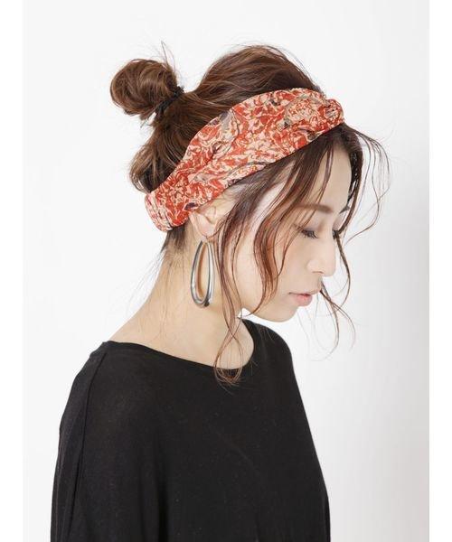 ヘアバンドのヘアアレンジ