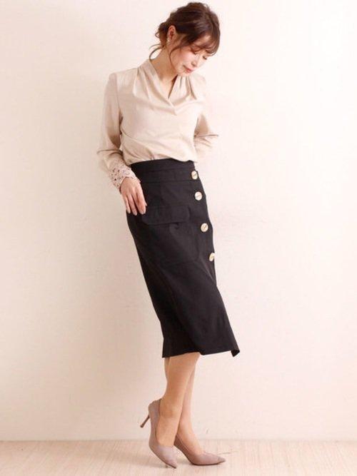 OLファッション◇おすすめコーデ例【6】袖レースブラウス