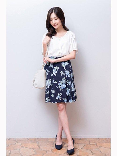 ■夏■スカートを使ったオフィスカジュアルコーデ