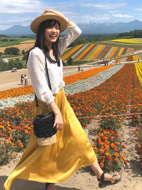 北海道の「夏」におすすめな服装:ビタミンカラー