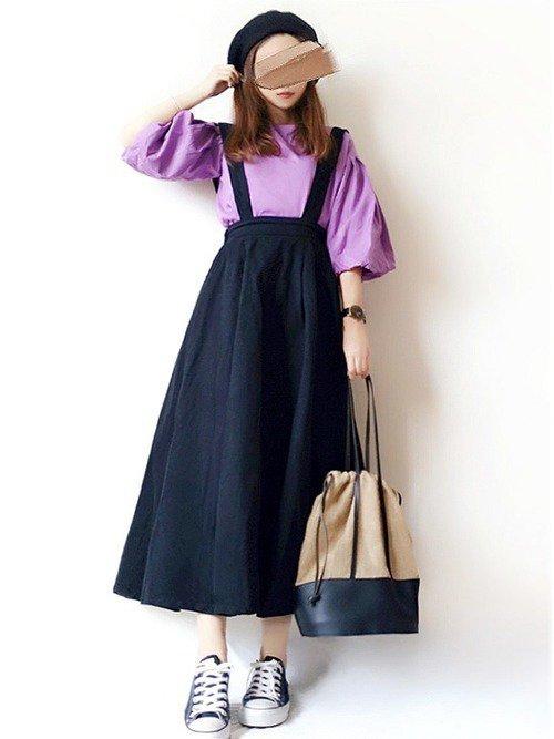 紫に合う色である黒色を使って紫が持つ色気を最大限に発揮させよう