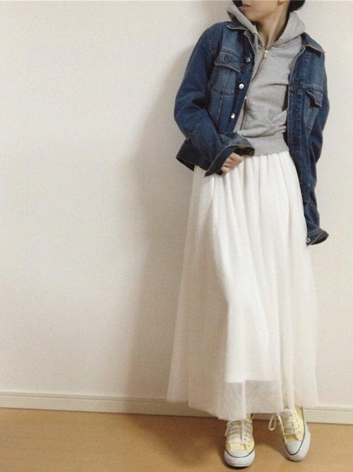 白スカート×Gジャンコーデ