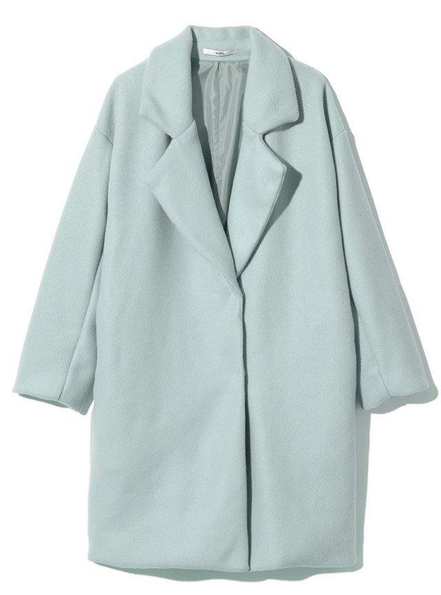 水色のチェスターコート