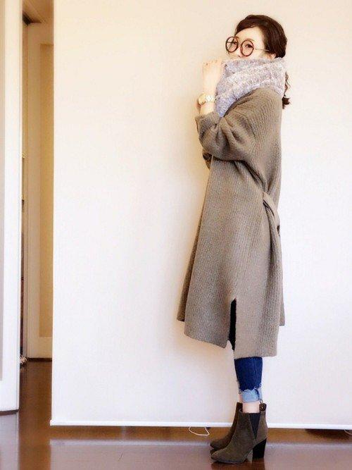 ファースヌード グレーのコート ブーツ