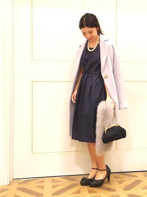 ライトブルーのコート