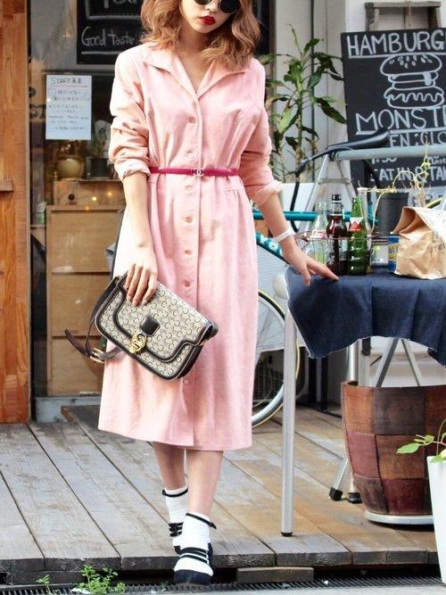 ピンクのワンピースコーデ