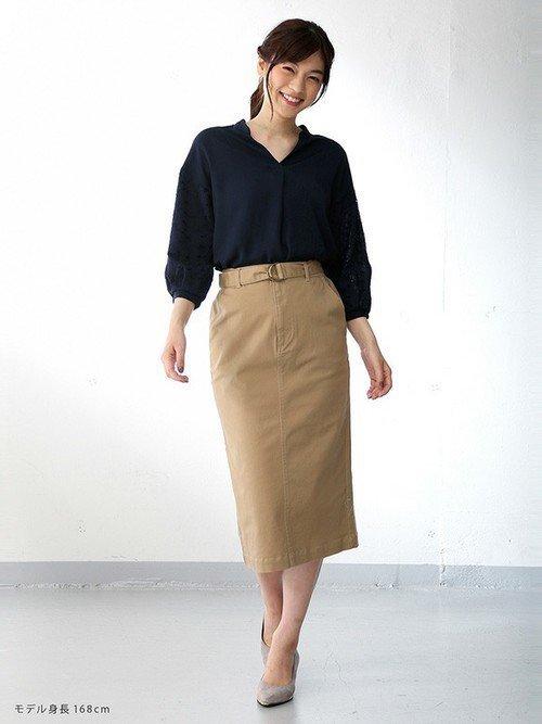 ブラウス×タイトスカート