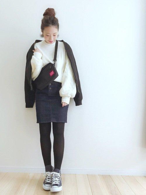 ミニ丈のデニムスカートを使って一味違うほっこり冬コーデに仕上げよう